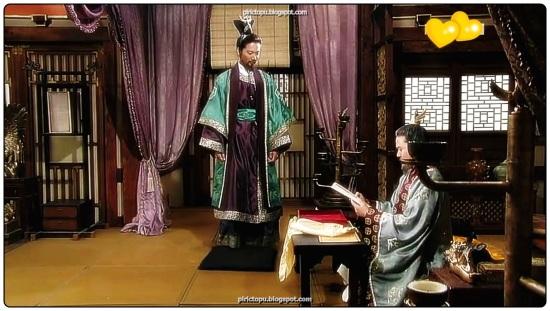 Kral Geunchogo(? 375, r. 346 375) Baekje'nin 13. Kralıdır.Üç Krallıktan biri olan Baekje'yi gücü etkisi altına almıştır. Geunchogo 11. Kral Biryu'nun ikinci oğludur ve 12. kral Gye'nin ölümünden sonra kral olmuştur.Kral Geunchogo'da 8 Kral Goi ve 5.Kral Chogo'nun torunları olarak onların soyundan kalıcı üstünlük işaretleri varsayılmıştır ve adına da yansımıştır(Goi ve Chogo)