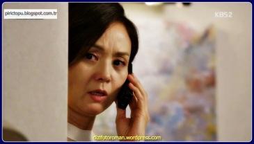 Dizi Kuzey Kore Generali Jang Sung Taek tarafından gerçek hayat hikayesinden kurgulanmıştır. Bir gün, Güneyde sıradan bir ev kadını olarak hayat sürdürmekte olan eski Kuzey Kore casusu Park Hye rim yeniden göreve çağrılır. Görevi, Kuzeye dönüp, orada NIS için analist olarak çalışan oğlu Kim Seon'u getirmektir. Kim Seon, kız arkadaşı Yoon jin ile tek kelime Çince bilmeden Çinli turistlere rehberlik yapmaya çalıştığı sırada tanışır ve aşık olurlar. Hye rim, oğlu ve ülkesi arasında seçim yapmak zorunda kalır ve bu seçim onu büyük bir tehlikeye sokacaktır.