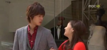 playful kiss 15 379